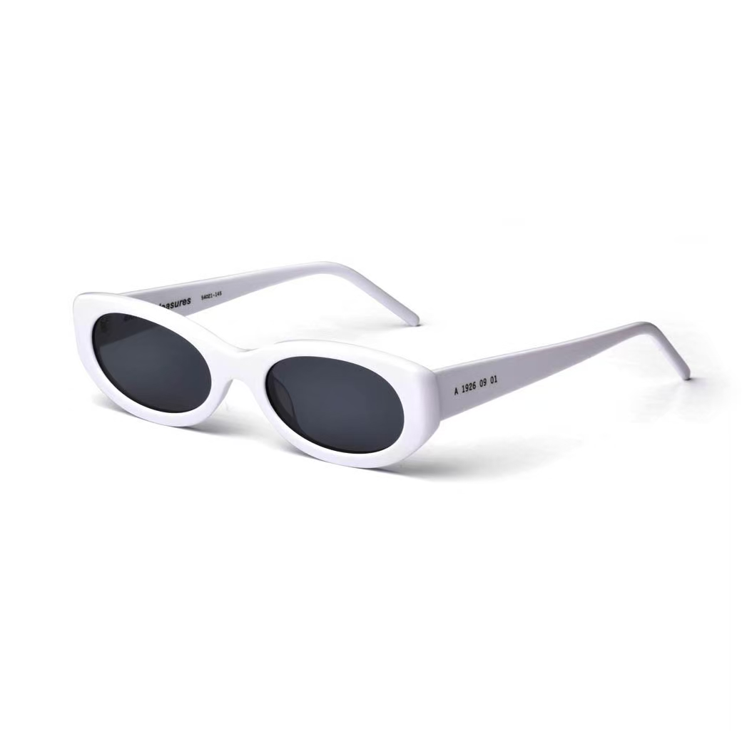 PLEASURES LITHIUM SUNGLASSES WHITE