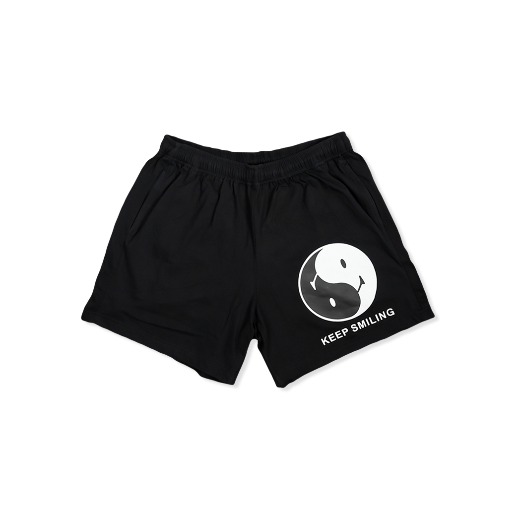SMILE CLUB CUSTOM YINYANG SHORTS BLACK