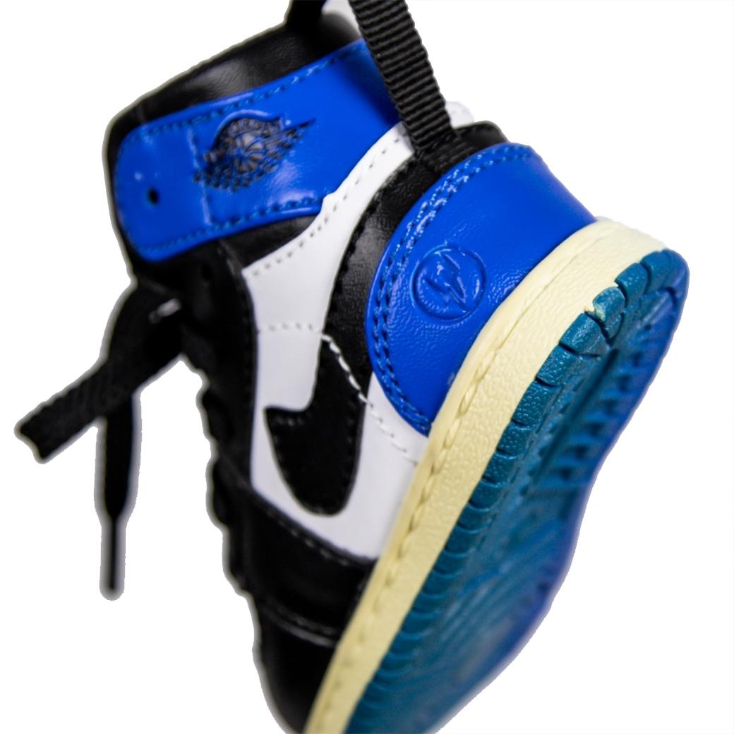SOLEKEEPER POWER BANK AJ1 X FRAGMENT BLUE