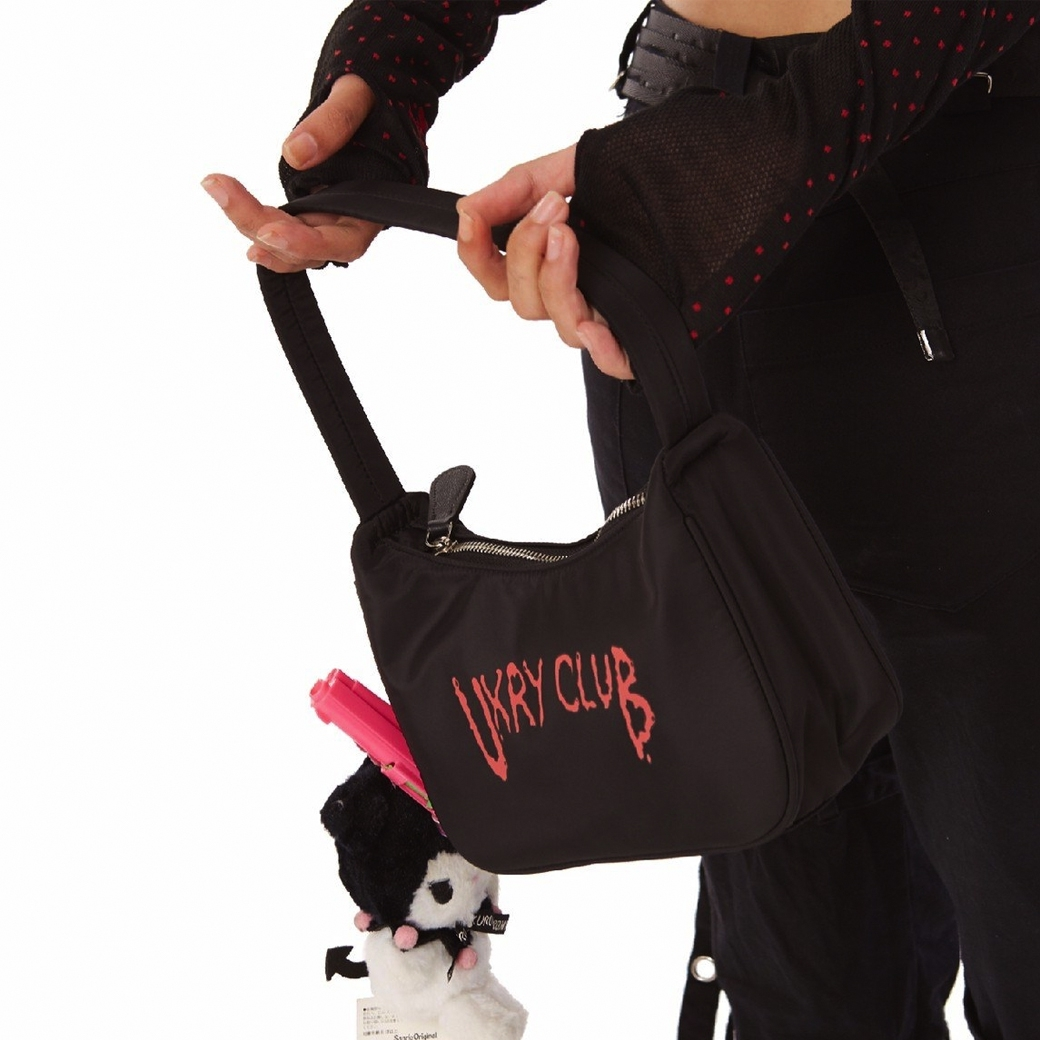UXRY CLUB IMOTO妹 NYLON POUCH BAG BLACK